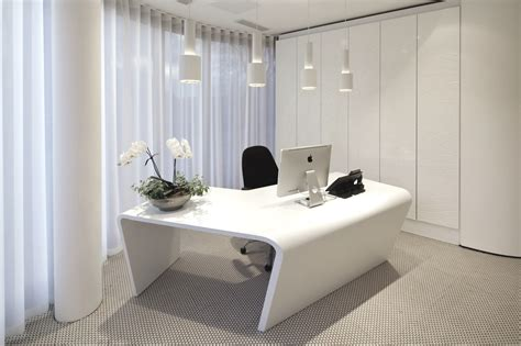 Effective Office Design With Beautiful Curtains And White