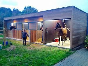 Paardenstal design #paardenstal #design #modern http://www ...