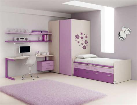 chambre avec rangement chambre fille pourvu d 39 un lit avec rangement