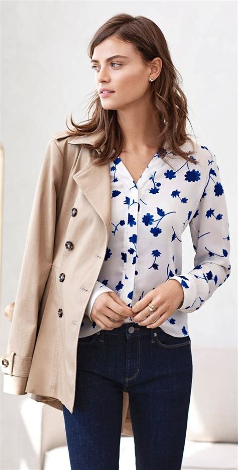 feminine floral blouse outfits  spring styleoholic