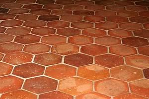Carrelage Imitation Tomette Hexagonale : tomettes le carrelage en terre cuite ~ Zukunftsfamilie.com Idées de Décoration