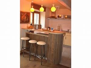 Küche Mit Bar : ferienwohnung la cocatte l 39 as de coeur la vancelle familie jean paul jost rugraff ~ Frokenaadalensverden.com Haus und Dekorationen