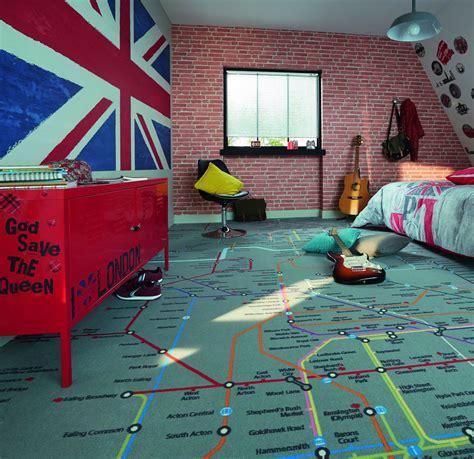 tapisserie chambre garcon tapisserie pour chambre ado maison design sibfa com