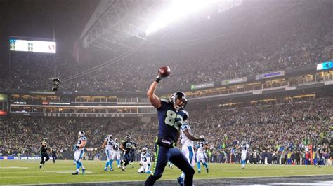 seattle seahawks roll  carolina panthers  reach nfc