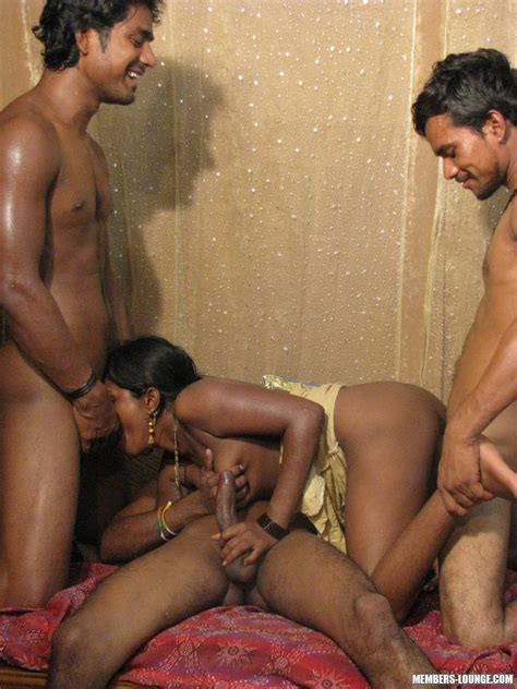 Indian Sexy Girls Hot Slut Sucks On 3 Cock Xxx Dessert