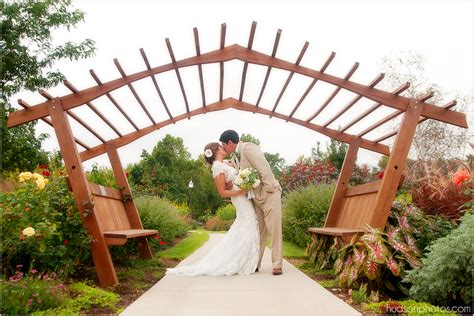 wedding photo gallery botanical garden   ozarks