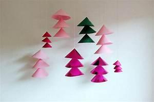 Weihnachtsdeko Basteln Papier : weihnachtsdeko aus papier selber basteln dekoking diy ~ Lizthompson.info Haus und Dekorationen