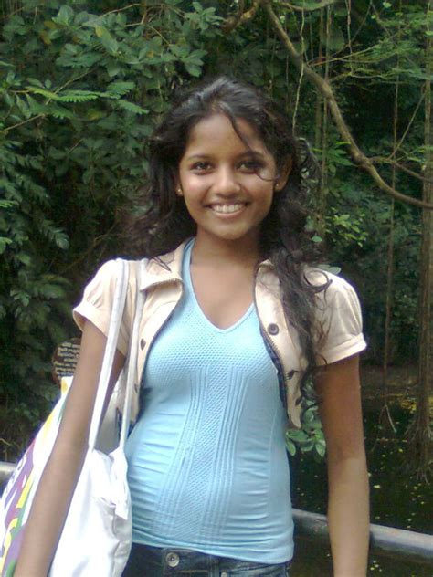 Nice Srilankan And Asian Girls Pictures And Anything
