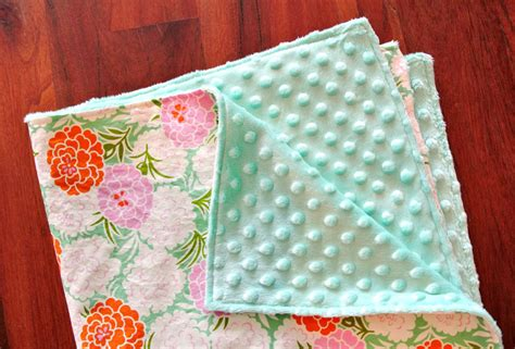 how to make a baby quilt how to make a minky baby blanket in 30 minutes suzy quilts
