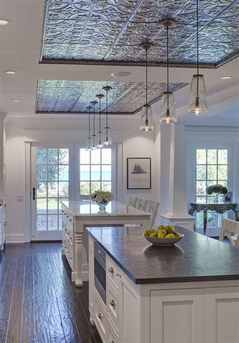 piastrelle metalliche soffitti decorati 40 idee per rendere unico il soffitto
