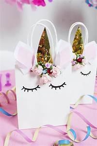 Einhorn Basteln Papier : die besten 25 einhorn geschenk ideen auf pinterest einhorn girls party und einhorn pinata ~ Markanthonyermac.com Haus und Dekorationen