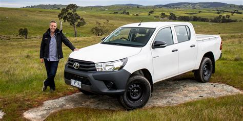 Review Toyota Hilux by 2016 Toyota Hilux Workmate 4x4 Review Caradvice