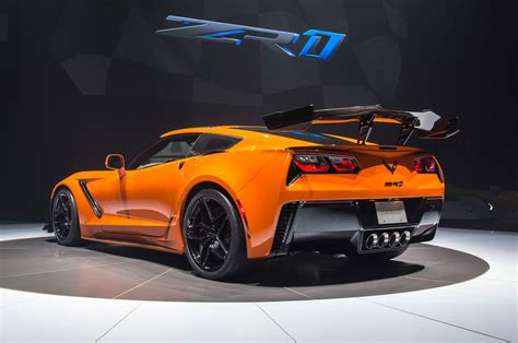 2019 Chevrolet Corvette Zr1 By The Numbers