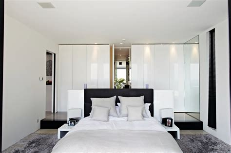 White Bedroom Interior Design Ideas & Pictures