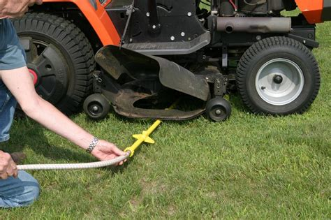 how to clean lawn mower ztr deck cleaning how do you clean one gopherhaul landscaping lawn care business