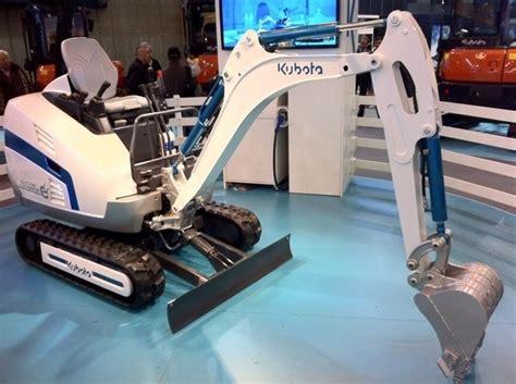 prototype kubota  electric mini excavator  debut  intermat heavy equipment guide