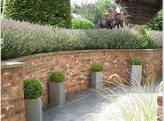 Tingewick Curved Retaining Wall Landscaping and