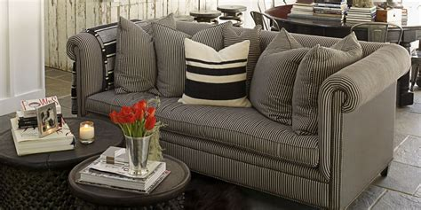 11 Small Living Room Decorating Ideas