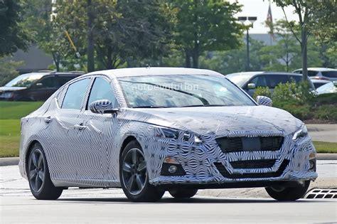 Spyshots 2019 Nissan Altima Shows Interior, Model Targets