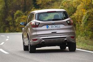 Ford Kuga 2016 : new ford kuga vignale 2016 review pictures auto express ~ Nature-et-papiers.com Idées de Décoration