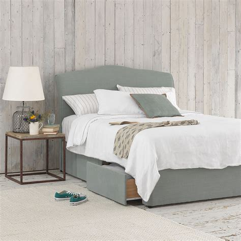 Divan Beds With Headboards by Tight Space Bed Storage Divan Bed Loaf