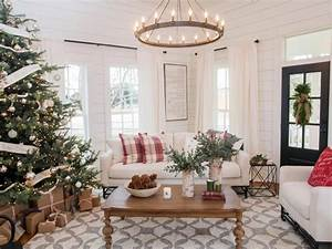 Magnolia Fixer Upper : magnolia fixer upper farms living room magnolia fixer upper farms living room fixer upper ~ Orissabook.com Haus und Dekorationen