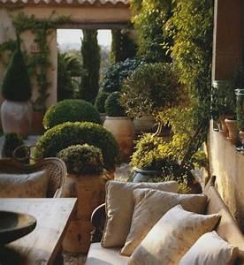 1000 idees sur le theme jardin mediterraneen sur pinterest With transat de piscine design 16 photo jardin et arbres fleurs et plantes deco photo