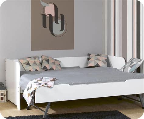 banquette de chambre lit banquette gigogne bali blanc 80x200 cm