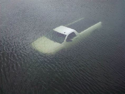 Boat Marina Fails by How To Prevent And Manage A Boat Launch Failure Boat Ed