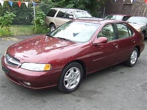 1999 Nissan Altima - Pictures