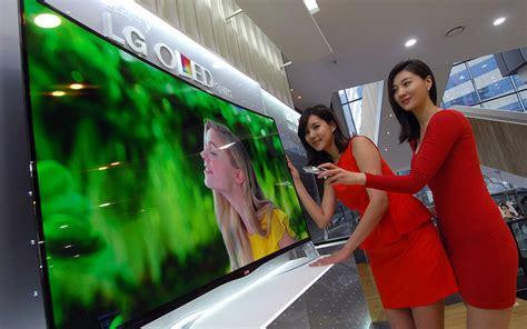 lg 55ea9800 pierwszy telewizor oled z zakrzywionym ekranem