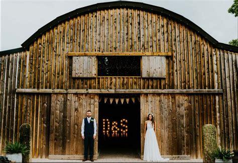charming  rustic cheshire wedding   barn