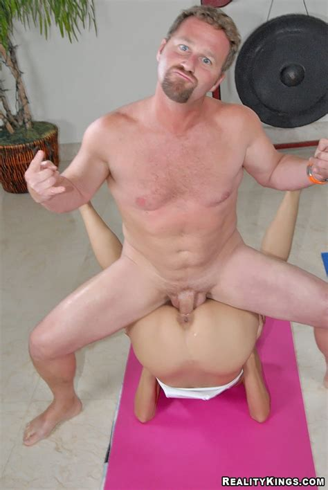 Hot Milf Addicted To Sport Gets Fucked In Craziest