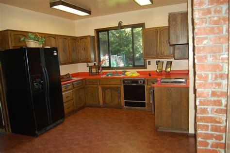 Kitchen Flooring Tips  Designwallscom