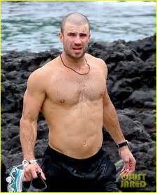 wedding venues nyc sam hunt goes shirtless in hawaii with fowler photo 3747493