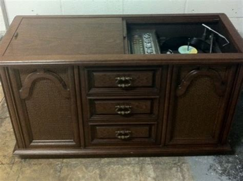 Magnavox Record Player Cabinet Models by Vintage Stereo Console Magnavox Just The 3 Of Us