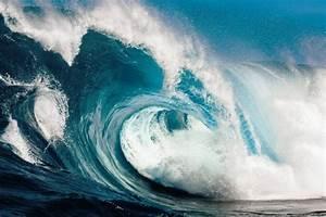 Rogue wave ahead   MIT News  Wave
