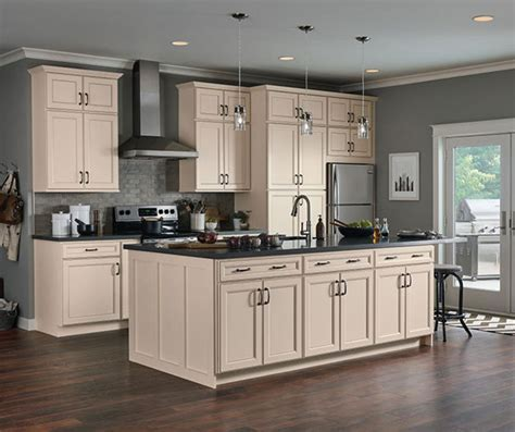 lowes 10x10 kitchen cabinets now caspian room 7201