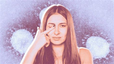 doctors  pink eye   key symptoms  represent