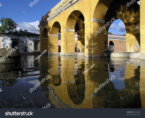 Arch In Antigua Guatemala Stock Photo 2421829 Shutterstock