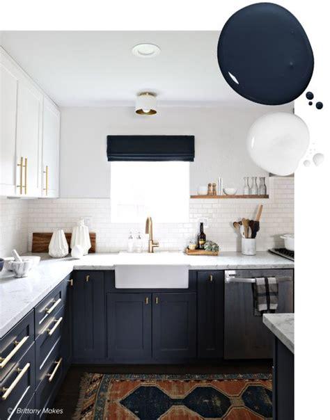 20 trending kitchen cabinet paint colors