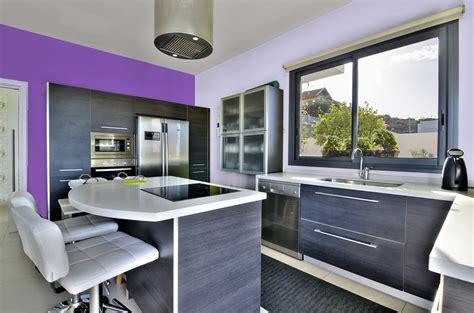 peinture cuisine violet peinture violet murale décohom
