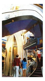 Disney Avenue: 46 Vintage Photos of Epcot's Imagination ...