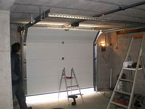 Fenetre volet porte de garage for Video montage porte de garage sectionnelle