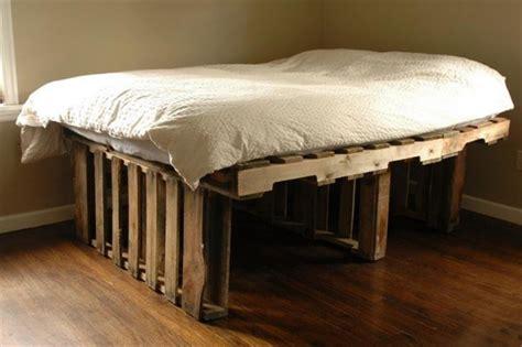 canapé made in lit en palette 50 idées pour fabriquer un lit en palette
