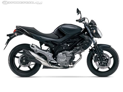 suzuki motorcycle 2013 suzuki sfv 650 first look motorcycle usa