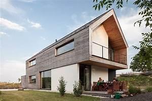 Modernes Haus Satteldach : gol 2 einfamilienhaus h user von g o y a architekten ~ A.2002-acura-tl-radio.info Haus und Dekorationen