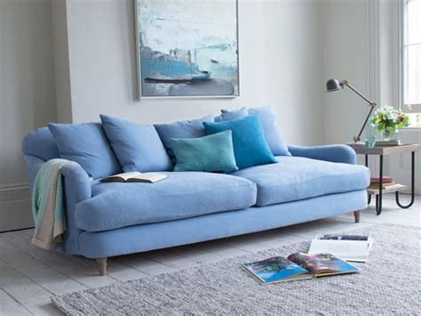 blue settee 25 best ideas about light blue couches on