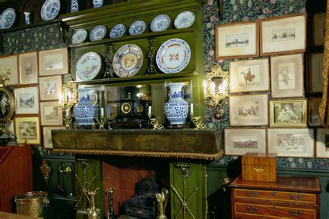 momentous question decorating  victorian home