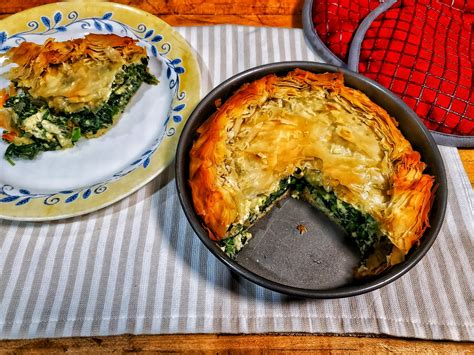 Byrek me Spinaq - Albanian Spinach Pie - At Home World ...